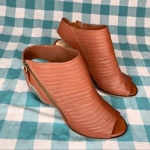 Bella Vita Kalista Peep-Toe Leather Bootie 8.5 WW